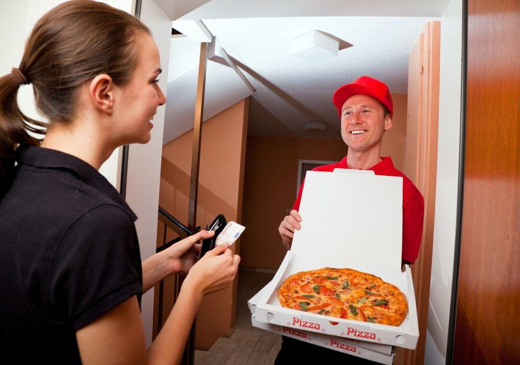Fast food delivery pizza